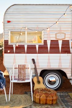 The Nugget: Vintage Trailer Makeover (The inside is ADORABLE!!)