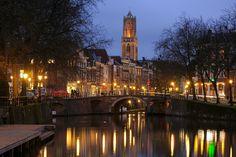 Zicht op Zandbrug en Oudegracht in Utrecht vanaf de Bemuurde Weerd (3)  DONKERE VERSIE