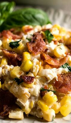 Corn and Bacon Casserole - Fresh corn kernels and bacon in a light and creamy sauce that has been flavored with garlic and basil. Corn Recipes, Side Dish Recipes, Vegetable Recipes, Dinner Recipes, Buffet Recipes, Dinner Menu, Turkey Recipes, Yummy Recipes, Chicken Recipes