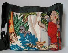 577e6818d Bolsa. Mônica Ipolito · Love Frida Kahlo