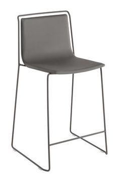 Tabouret de bar Alo / H 65 cm - Similicuir Anthracite / Structure grise - Ondarreta - Décoration et mobilier design avec Made in Design