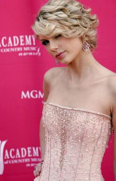 Taylor Swift - 42 Annual Academy of Country Music Awards in Las Vegas, 15.05.2007.