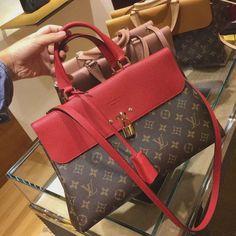 Luxwomenstore.com Louis Vuitton monogram Venus handle bag #louis # Vuitton #venus # louisvuittonvenusbags