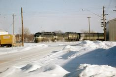 One of the last pre-Amtrak North Coast Limiteds cruises into Fargo, North Dakota on Jan. 18, 1971, photographed by Lee Rogers.