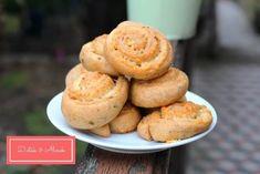 Isteni rukkolás-sajtos csigák - Diéták & Álmok Cheddar, Muffin, Breakfast, Food, Morning Coffee, Cheddar Cheese, Essen, Muffins, Meals