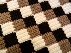 Entrelac blanket. Looks like single crochet, not tunisian. Anyone know how to do this???