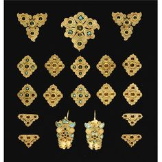 AN IMPORTANT SET OF GOLDEN HORDE TURQUOISE INSET GOLD JEWELLERY, CENTRAL ASIA, <P>14th CENTURY </P>   lot   Sotheby's