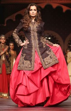 Dia Mirza walked the ramp for designer Raghavendra Rathore at the Amby Valley India Bridal Fashion Week 2013. #Bollywood #Fashion #Style #Beauty