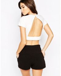 Love Crop Top With Open Back in Beige (Cream) | Lyst