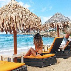 Paradise Beach - Mykonos ☺️☀️ Grecia - greek - ocean - mermaid - sea - travel blog - travel tip - bikini - travel girl - brazilian - blog de viagem - dicas de viagem - photography - fotografia - sea life - sereismo