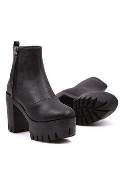 All-matching Platform Boots