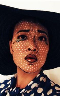 Wow! This makeup DIY is insane!
