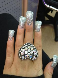 Just a little shorter , and i would do my nails like this.
