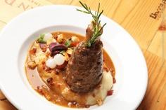 Gallo Nero Ristorante (jantar)    Pernil de cordeiro em seu molho com purê de batata e manjericão