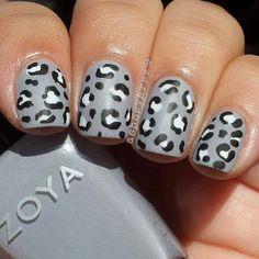 Gray Leopard Nail Art Just on the ring though! Leopard Nail Art, Leopard Print Nails, Leopard Prints, Fancy Nails, Trendy Nails, Hot Nails, Hair And Nails, Nail Red, Diva Nails
