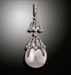 In May 2014, a mammoth 17.4mm natural pearl stunned the auction world when it sold for $1.37 million. On October 29, Woolley & Wallis gets a chance to break its own record when it puts a 18.6mm natural pearl under the hammer at its Salisbury, England, headquarters. Check out our blog for more... http://nordjewelers.thejewelerblog.com