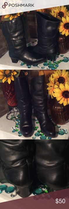 Bastien Leather Boots Sz 8- Fits true to Sz- Water proof- Condition- No damage- Genuine leather- 2' heel- Made in Canada- Very nice! Bastien  Shoes Ankle Boots & Booties