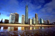 Q1 Tower (Queensland Number One) – #Австралия #Квинсленд (#AU_QLD) Q1 - самое высокое здание Австралии. http://ru.esosedi.org/AU/QLD/1000118373/q1_tower_queensland_number_one_/