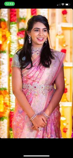 Bridal Sarees South Indian, Indian Bridal Outfits, Indian Bridal Fashion, South Indian Bride, Half Saree Designs, Blouse Designs Silk, Bridal Blouse Designs, Half Saree Lehenga, Saree Look