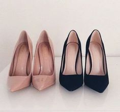 blush and black pumps- Nude classy pump shoes http://www.justtrendygirls.com/nude-classy-pump-shoes/