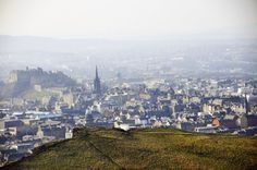 Panorama Edinburghs vom Berg Arthur's Seat
