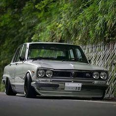 ハコスカ Tuner Cars, Jdm Cars, Classic Japanese Cars, Classic Cars, National Car, Nissan Gtr Skyline, Car Racer, Old School Cars, Japan Cars