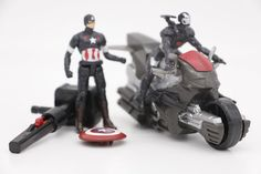 The Marvel Avengers Figure super hero Captain America Iron Man with emission motorcycles kids toy Action Figures Model boy gifts