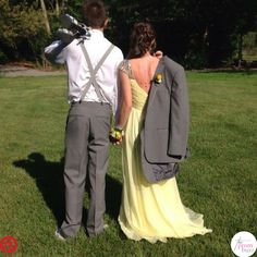Prom couple picture poses ideas worth posting (and framing) prom свадьба, ш Prom Pictures Couples, Homecoming Pictures, Prom Couples, Prom Photos, Cute Couple Pictures, Dance Pictures, Prom Pics, Grad Pictures, Teen Couples