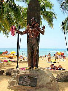 Waikiki beach ~ Duke Kahanamoku Statue. Oahu, Hawaii.