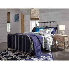 Signature Design by Ashley Nashbury Metal Panel Bed