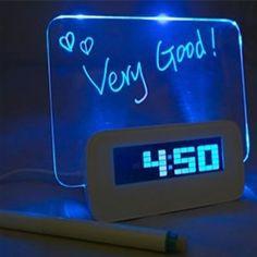 Reloj despertador con pizarra luminosa