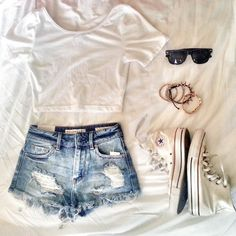 Spring/summer outfit- white crop top, jean shorts, white converse