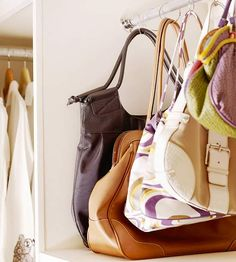 Purse Storage organization -These purses hang from shower curtain rings attached to a closet rod -- a space-smart way to display a lot of purses upright and clearly visible in a small space. Purse Storage, Handbag Organization, Closet Organization, Organizing Purses, Handbag Organizer, Organization Ideas, Diy Handbag, Diy Purse, Bedroom Organisation