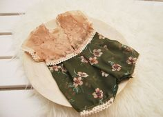 Newborn Photo Romper, Baby Lace Romper, Baby Girl Floral Outfit, Photography Prop Newborn Baby Photos, Newborn Care, Baby Girl Newborn, Baby Girl Romper, Lace Romper, Chiffon Fabric, Photography Props, Photo Props, Soft Fabrics