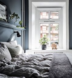 Inviting home with a blue bedroom Small Room Bedroom, Blue Bedroom, Dream Bedroom, Bedroom Decor, Built In Sofa, Inviting Home, Interiores Design, Living Spaces, Interior Decorating
