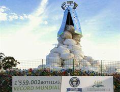 Ecuador estableció una marca para el libro Guinness de los Récords por la recolección de 1.559.0002 botellas de plástico para reciclaje en un período de quince días, informó el representante para América Latina de Guinness World Records, el británico, Ralph Hannah.