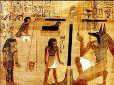 사자의 생전 행위를 판정하는 아누비스. 아누비스는 태양신 라 Ra의 넷째아들로 표기되었다. 후대에는 오시리스와 네프티스의 아들로 나타난다. 저승으로 향하는 문을 열어 죽은 자를 오시리스의 법정으로 인도하고 죽은자의 심장을 저울에 달아 생전의 행위를 판정하는 역할을 맡는다. 주로 검은 표범 또는 개의 머리, 혹은 피부가 검은 남자의 모습 또는 자칼의 머리를 한 남자의 모습 등으로 표현된다. 이 그림 속에서는 자칼의 얼굴을 한 아누비스 신이 사자의 심장을 재고 있다. 이 작품 속에서 우리는 Hierarchy of Scale 에 대해서 찾아낼 수 있다. Hierarchy of Scale은 거리로 사물의 크기가 달라보이는 것을 현실적으로 표현하는 것이 아니라 사물의 중요성에 따라 크기가 다르다. 그러무로 현실적이지 않다.