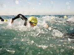 For a new swimmer, sighting in the open water can be a real challenge. Learn how to adjust your stroke and keep your momentum with this four tips and drills.