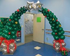 Christmas Tree Balloon Arch 618-651-1505