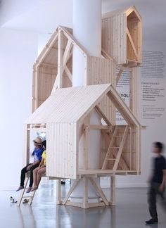The minimalist structure, built of pine, encircles a column as three hut-like structures stack on top of one another accessible through platforms and ladders. The craft is impeccable. The message is simple and yet profound. We need to seek time in our week and even in our day where we can think like a child, realize dreams and escape. Are there places in your city like Manupipatong's shelter that you can escape to? (6)