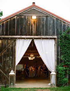 always love a barn reception