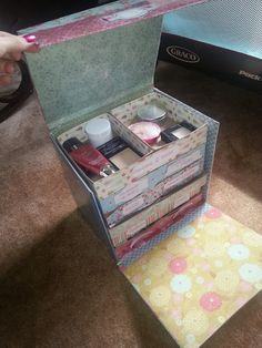 How to make a make-up caddy out of Birchboxes