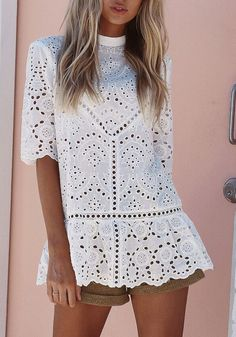 White Floral Lace Band Collar Half Sleeve Slim T-Shirt