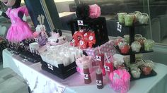 Candy Bar Minnie  https://www.facebook.com/MIMODESIGN.PASTELESCUPCAKES.MESAPOSTRESBOTANAS?fref=ts
