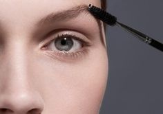 a complete guide to filling your eyebrows