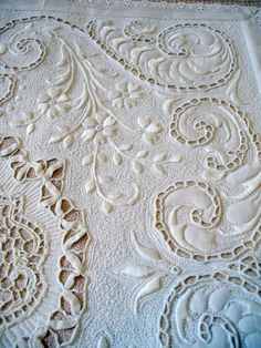 ⌖ Linen & Lace Luxuries ⌖ embroidered cut work linen table cloth -- Looks like it's quilted by Cindy Needham.