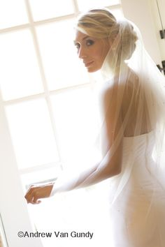 Veil placement with low bun
