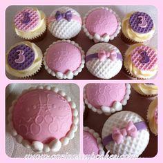 Carinas cupcakes totally fab