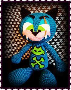 Amigurumi - Scarcat  http://psychodollshop.blogspot.com