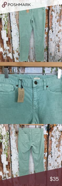 """J Crew Factory Teal Garment Dyed Skinny Cords J Crew Factory Garment Dyed Cord in a light blue. New with tags.  Waist: 15"""" Inseam: 27.5""""  99% cotton, 1% elastane J. Crew Factory Pants Skinny"""